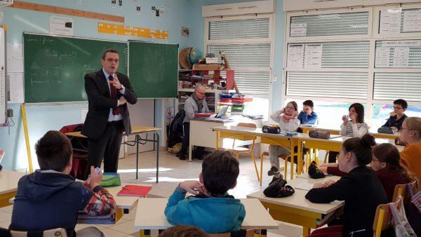 02/2018 - Saint-Martin-du-Bois - Rencontre de la classe des CM2 dans le cadre du parlement des enfants