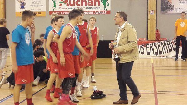 09/2017 - Avrillé - Remise des prix lors d'un tournoi de basket