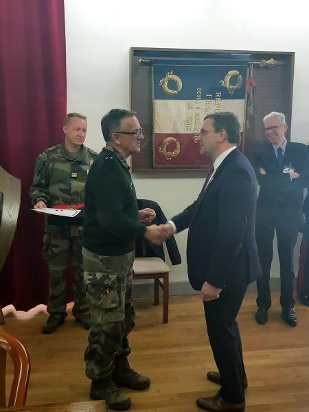 12/2017 - Ecole du Génie d'Angers - Remise de l'insigne de la réserve citoyenne, par le Général Parmentier