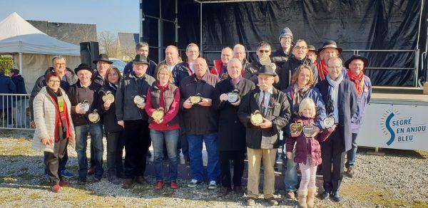 02/2019 - L'Hôtellerie-de-Flée - Producteurs ayant reçu un prix lors de la 41ème fête du cidre