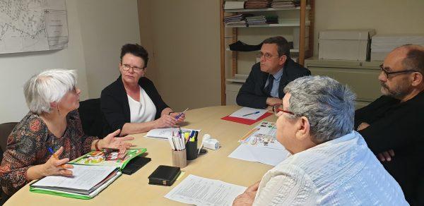 01/2020 - Combrée - Rencontre avec une association de lutte contre l'illettrisme lors d'une permanence de proximité