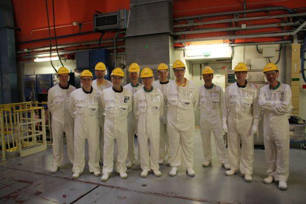 10/2029 - Dampierre-en-Burly - Visite d'un des réacteurs de la centrale nucléaire EDF