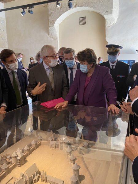 09/2020 - Angers - Visite officielle de Roselyne Bachelot, Ministre de la culture, au château d'Angers